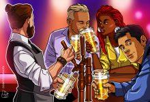 صورة تنظر Anheuser-Busch في دمج blockchain بشكل أكبر في خط إنتاج البيرة الخاص بها