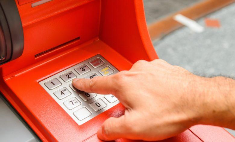 تسمح BitcoinPoint و Cashzone للمستخدمين ببيع Bitcoin باستخدام 16 ألف ماكينة صراف آلي في جميع أنحاء المملكة المتحدة