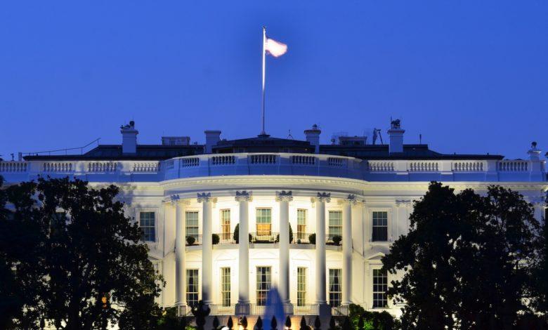 المجموعة الاستشارية الرئاسية تزن في النهج التنظيمي للعملات المستقرة