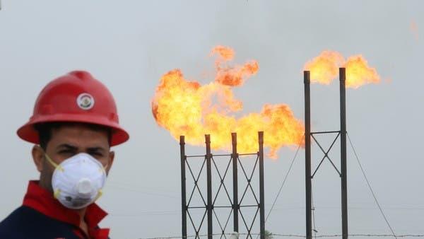 كورونا يخفضور ثلث العاملين بقطاع النفط